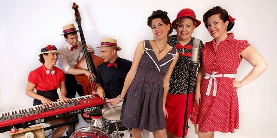 Singin' Rendez-Vous et the Ragtime Band